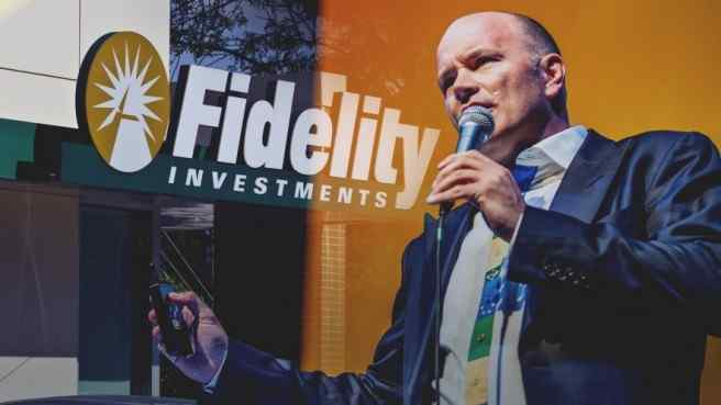 Mike Novogratz speaking into microphone, Fidelity name and logo in the background